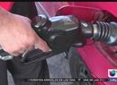 El gobernador de Califoria plantea un aumento a la gasolina