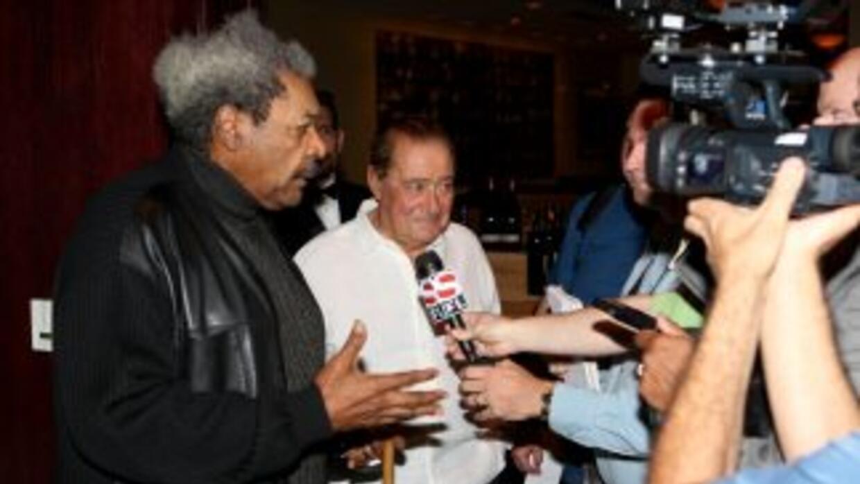 Don King y Bob Arum reunidos de nuevo. (Foto cortesía de David Martin Wa...