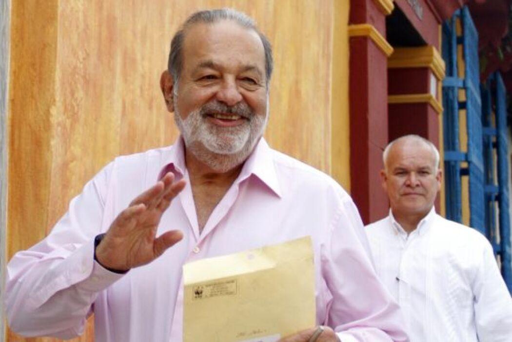 CARLOS SLIM HELÚ   Donaciones:$4 mil millones.  Patrimonio neto:$69 mil...