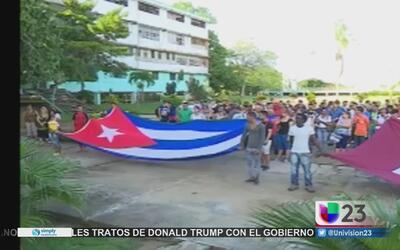 Estudiantes cubanos reaccionan a la campaña del régimen contra las becas...