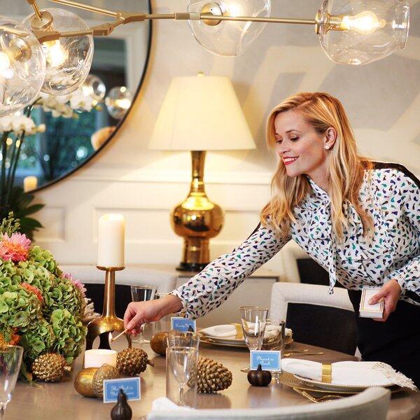 Reese también compartió una bella imagen de su cena.