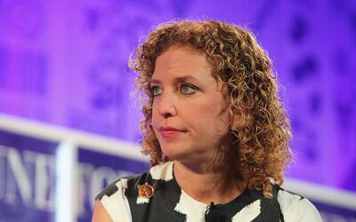 Debbie Wasserman Schultz habla en la cumbre de Fortune sobre las mujeres...