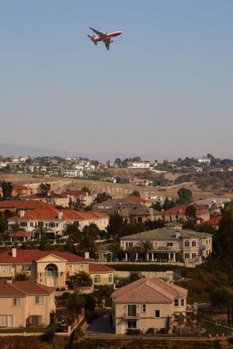 Chino Hills, CA - 37 por ciento de población hispana   Índice de graduac...