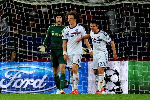 Autogol del brasileño David Luiz que le devolvía la ventaj...