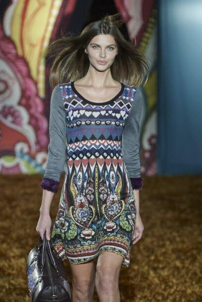 Los vestidos fue una de las prendas que más predominó en la propuesta de...