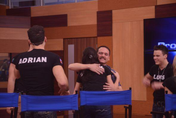 "Adrián lo quiso abrazar para acordarse del abrazo de su padre. ""Ya tuvim..."