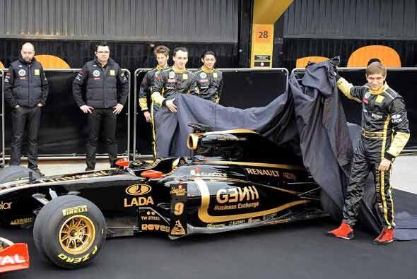 La escudería Lotus Renault presentó el monoplaza R31 con K...