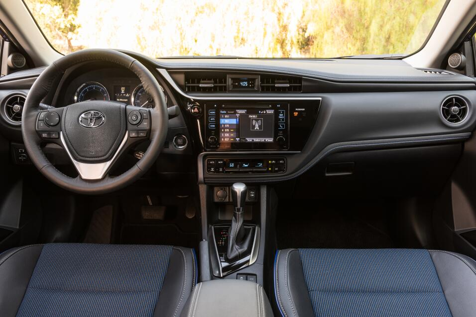 Video Prueba Del Toyota Corolla Se 2017 Univision