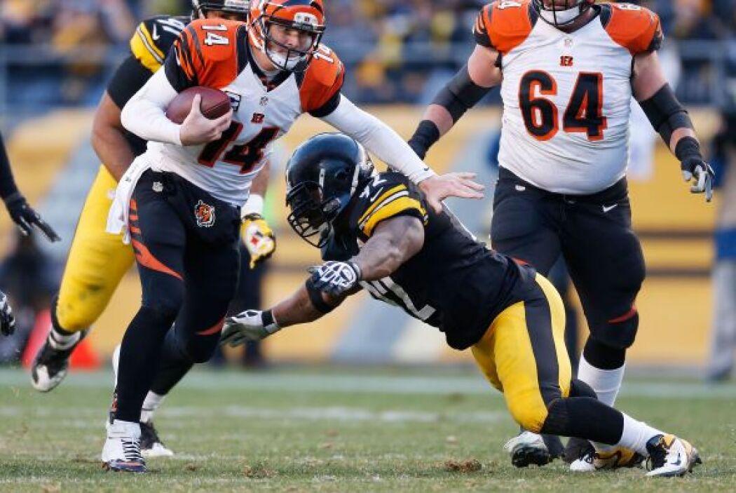 Seis veces fue capturado Dalton por la defensiva de los Steelers.
