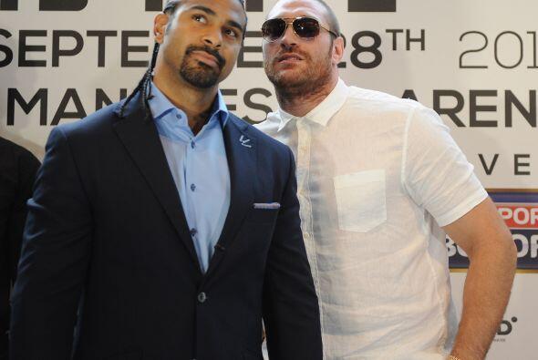 Tyson Futy no quiso hacer un cara a cara y se limitó a posar en esta cur...
