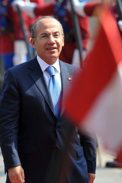 El presidente Felipe Calderón Hinojosa encabeza al grupo mexicano en la...