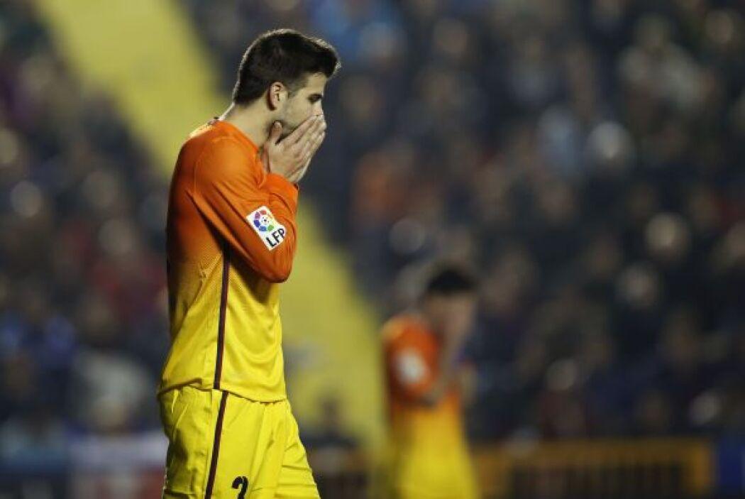 Al término del primer tiempo, Barcelona empataba sin goles pese a la sor...