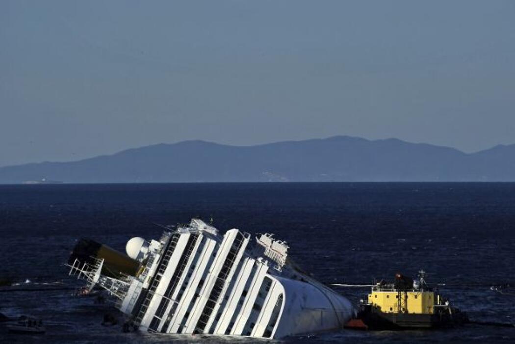Se estima que el Costa Concordia costó unos $100 millones, sin embargo,...