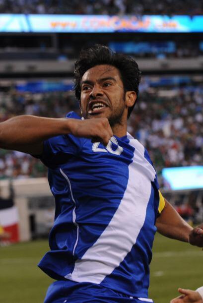 Carlos Ruiz prendió las alarmas en México anotando su gol al minuto cuatro.