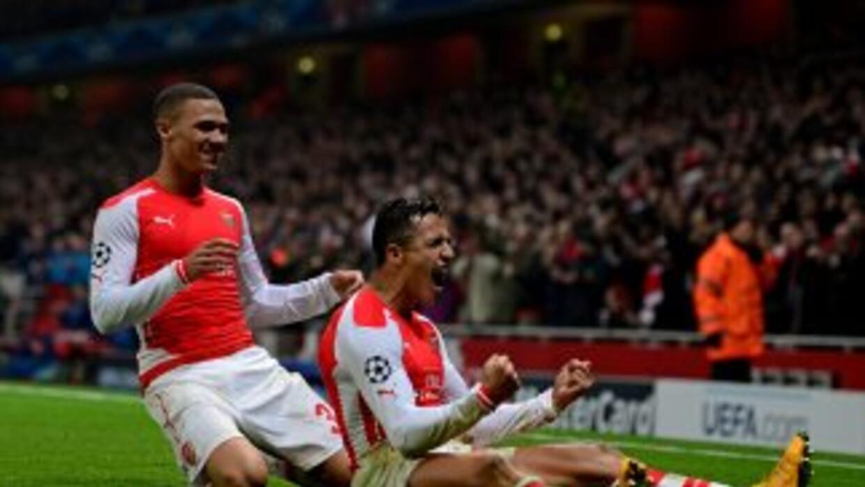 Alexis celebra su gol contra el Dortmund.