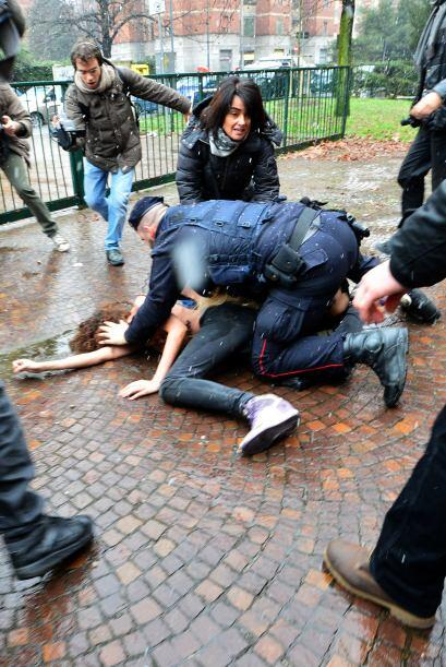 El incidente, durante el que se oyeron los gritos de las mujeres, de los...