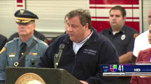 El Gobernador Chris Christie ordenó la evacuación de zonas...