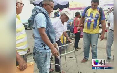 Damnificados de terremoto en Ecuador no han recibido ayuda