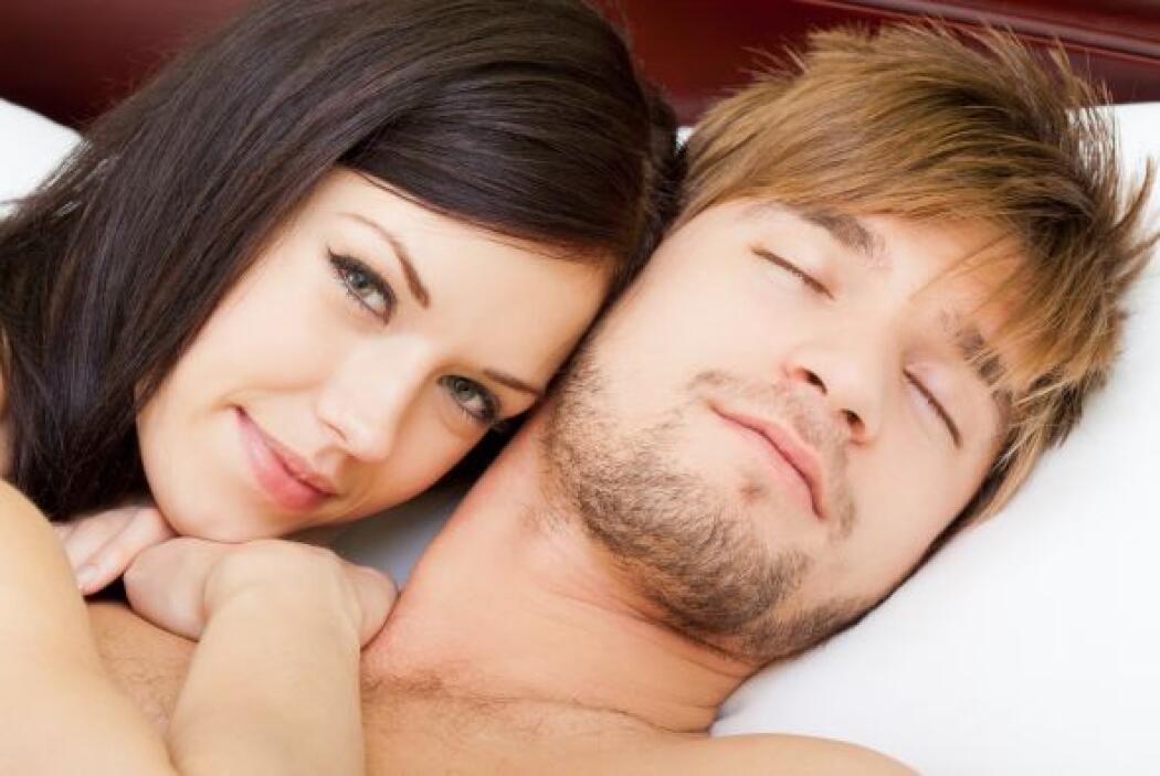 La cama es el santuario de la pareja, pues representa más allá del sexo,...