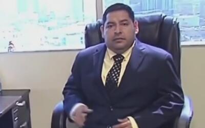 Procuraduría de California ordena el arresto de Oswaldo Cabrera por supu...