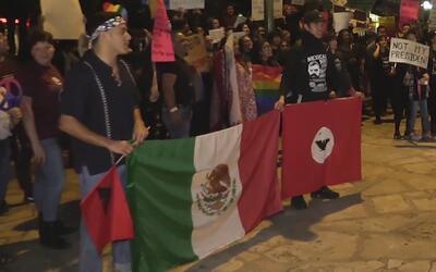 Miles de personas protestaron en contra de Trump en San Antonio