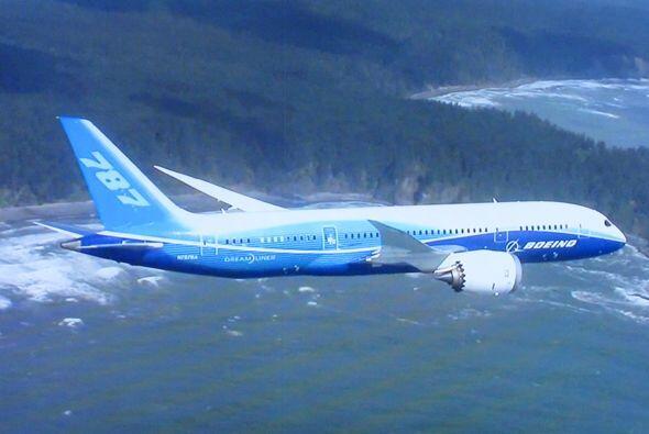 El gobierno mexicano confirmó que adquirió un nuevo avión Boeing 787 Dre...