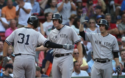 Los Yankees de Nueva York derrotaron 13-8 a los Medias Rojas de Boston.