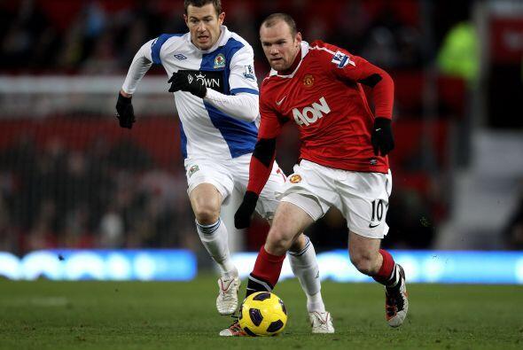Rooney volvió a ser el eje del 'Man-U', buen partido del jugador...