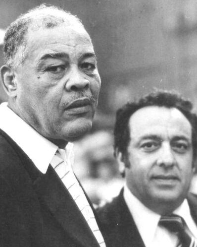 Sulimán convivió con grandes figuras del boxeo, aquí con Joe Louis.