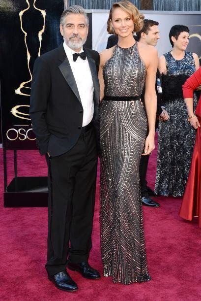 Esta pareja fue una de las mejores de la noche. George Clooney con un tr...