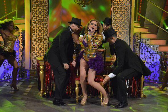 La primera en entrar en escena es la puertorriqueña Fransua, que a pesar...
