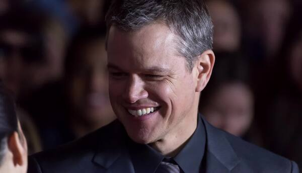 Matt Damon no quitará armas del póster de Jason Bourne