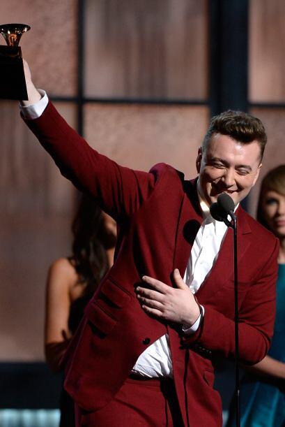 El primer ganador de la noche fue Sam Smith, como Mejor Artista Nuevo.