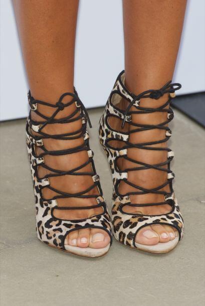 ¿Qué les parecería con unas zapatillas así? ¡Están geniales!