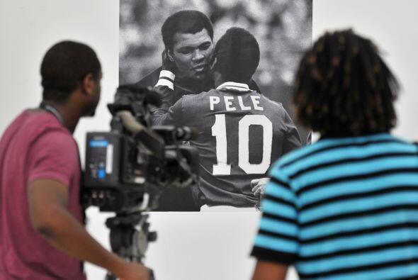 Dentro del estadio, hay algunas fotos inolividables del brasileño...
