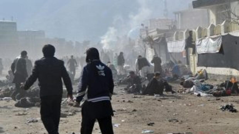 Dos ataques suicidas contra peregrinos chiitas dejaron al menos 54 muert...