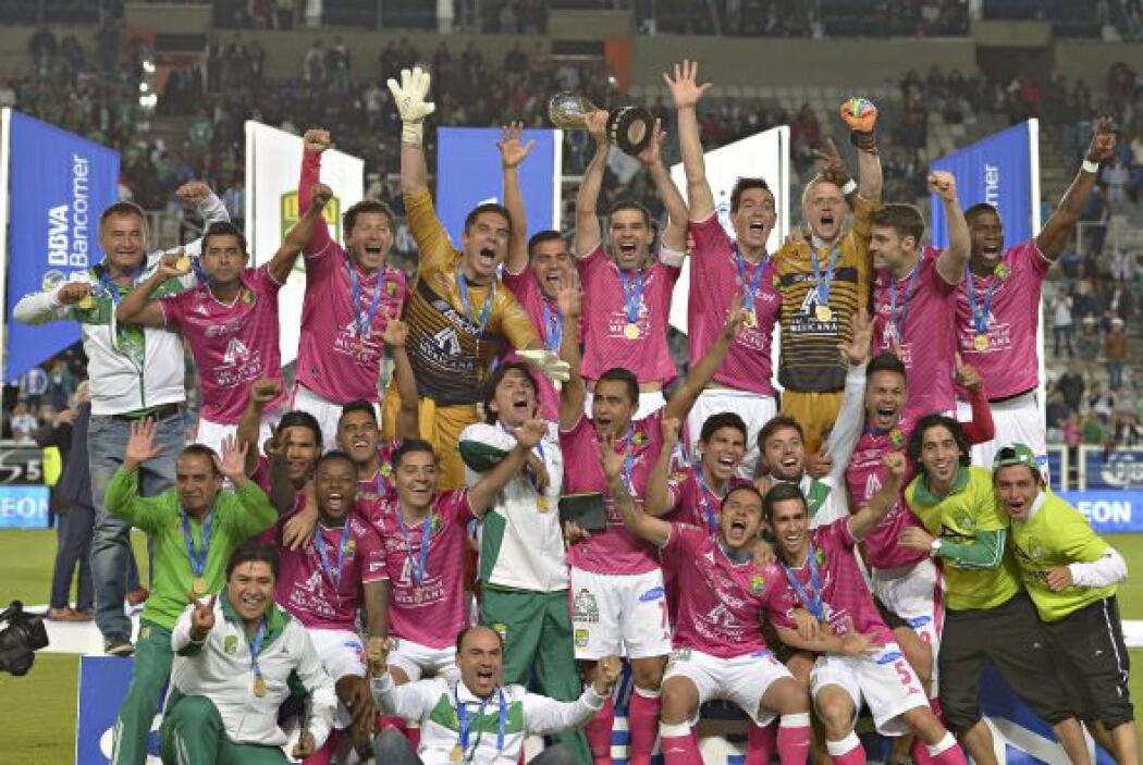 El campeón es León, más bien el bicampeón. Sólo ellos y Pumas, en el 200...