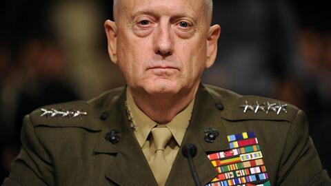 General James Mattis en la audiencia para renombrarlo como general y com...