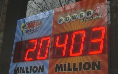 ¿Un indocumentado puede reclamar el gran premio de la Lotería?