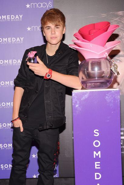 4. El novio de Selena Gomez, Justin Bieber, también fue agredido...
