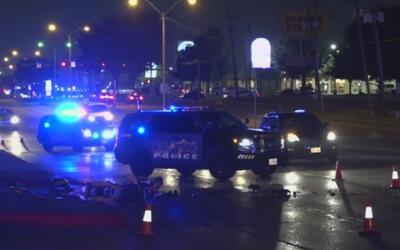 Arrestan a un hombre acusado de conducir ebrio tras un accidente de trán...