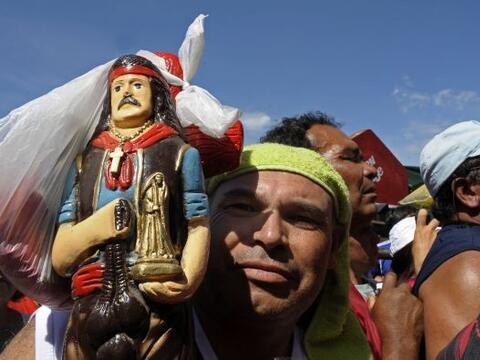 Gauchito Gil se convirtió en una figura religiosa que es objeto d...