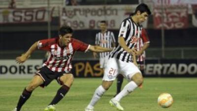 Libertad sorprendió a Estudiantes de La Plata.