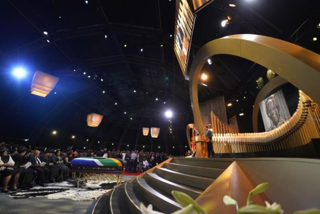 El funeral de Estado por Nelson Mandela comenzó el domingo a las 08:10 d...