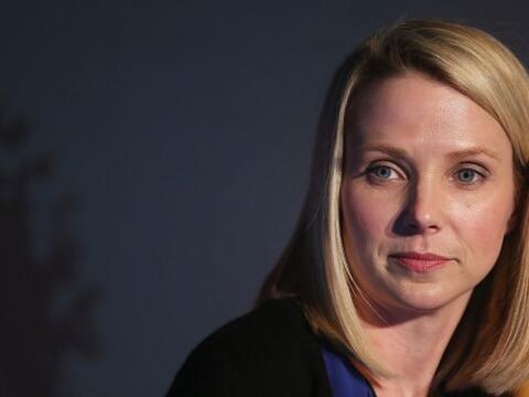 18.-MARISSA MAYER: Tiene 38 años. Es la actual CEO de Yahoo en Es...