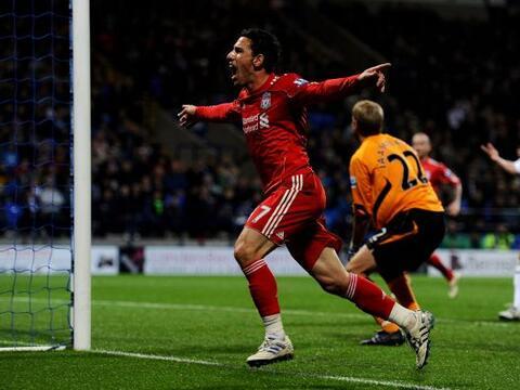 La fecha 10 de la Liga inglesa vivió los triunfos de Liverpool y...