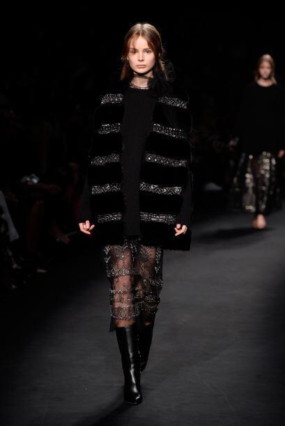 Los maxi vestidos también se hicieron presentes con detalles muy...