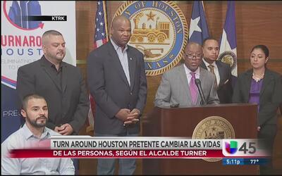 Alcalde Turner presenta iniciativa para combatir desempleo