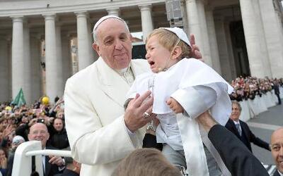 El mini Papa captó la atención del mundo