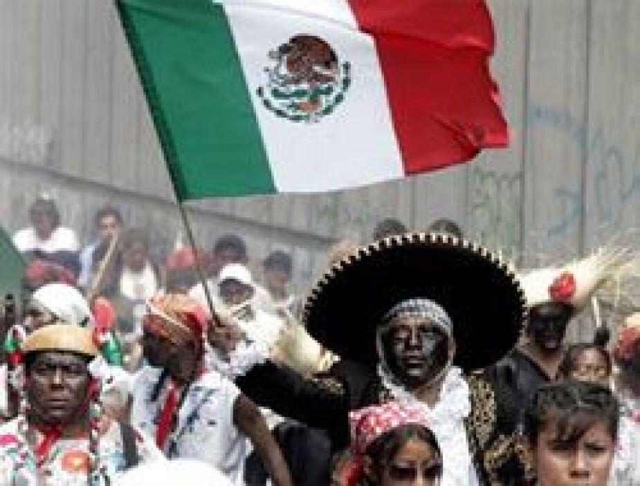 Los mexicanos en el extranjero celebran este día con gusto porque es una...